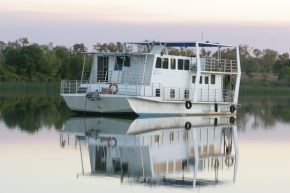 Houseboat King Ash Bay Borroloola Luxury NT